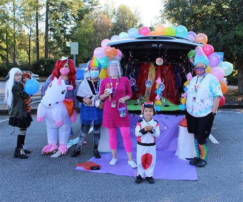 Bethesda ES Trunk or Treat event featuring students and families in costumes